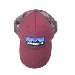 Patagonia P-6 Logo Lopro Purple Trucker Hat